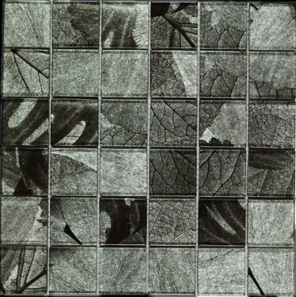 SL-01 Season Series - Winter - Grey wallpater glass